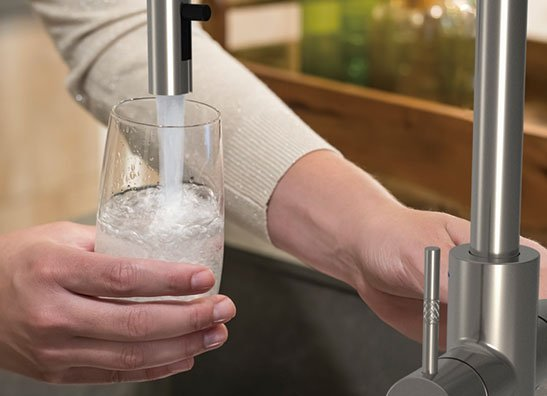 CHILLED/SPARKLING WATER TAPS