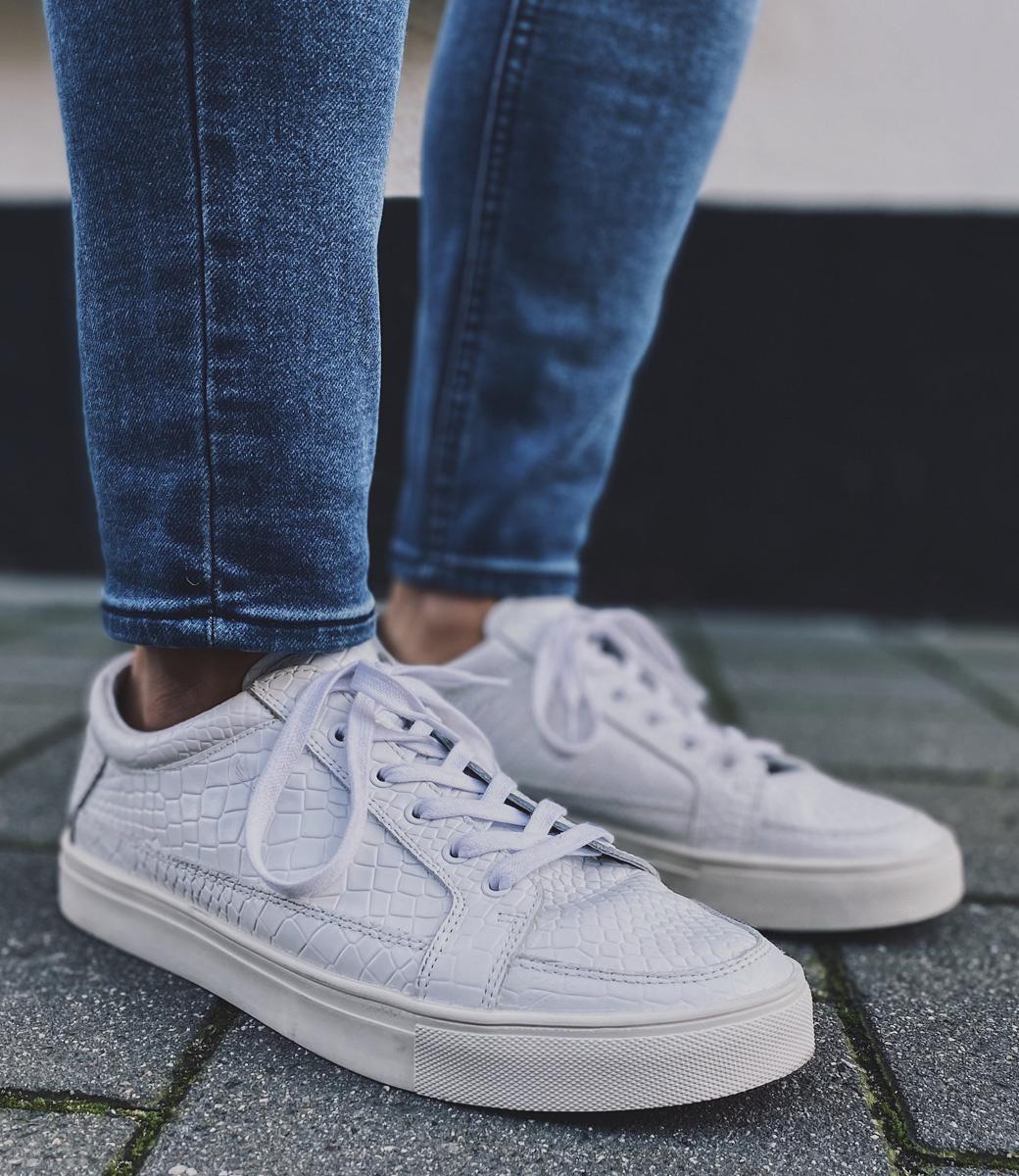 Zumo-Shoes-SHOTS-SNAKE-White