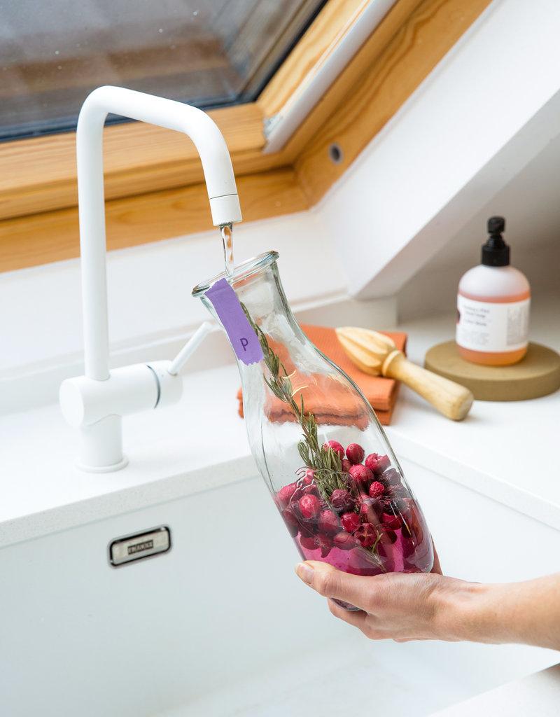 Pineut Fruitig Tafelwater   Cranberry, kers en rozemarijn