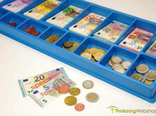 Euro bankbiljetten en muntstukken speelgoed