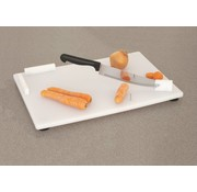 Snijplank in combinatie met vastgemaakt mes