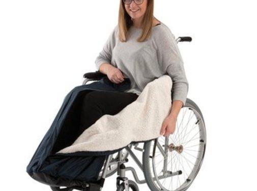 Beenbescherming met kunstvacht voor in de rolstoel