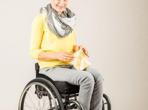 Sondage rolstoelbroek voor dames met diepe rits voor het sonderen