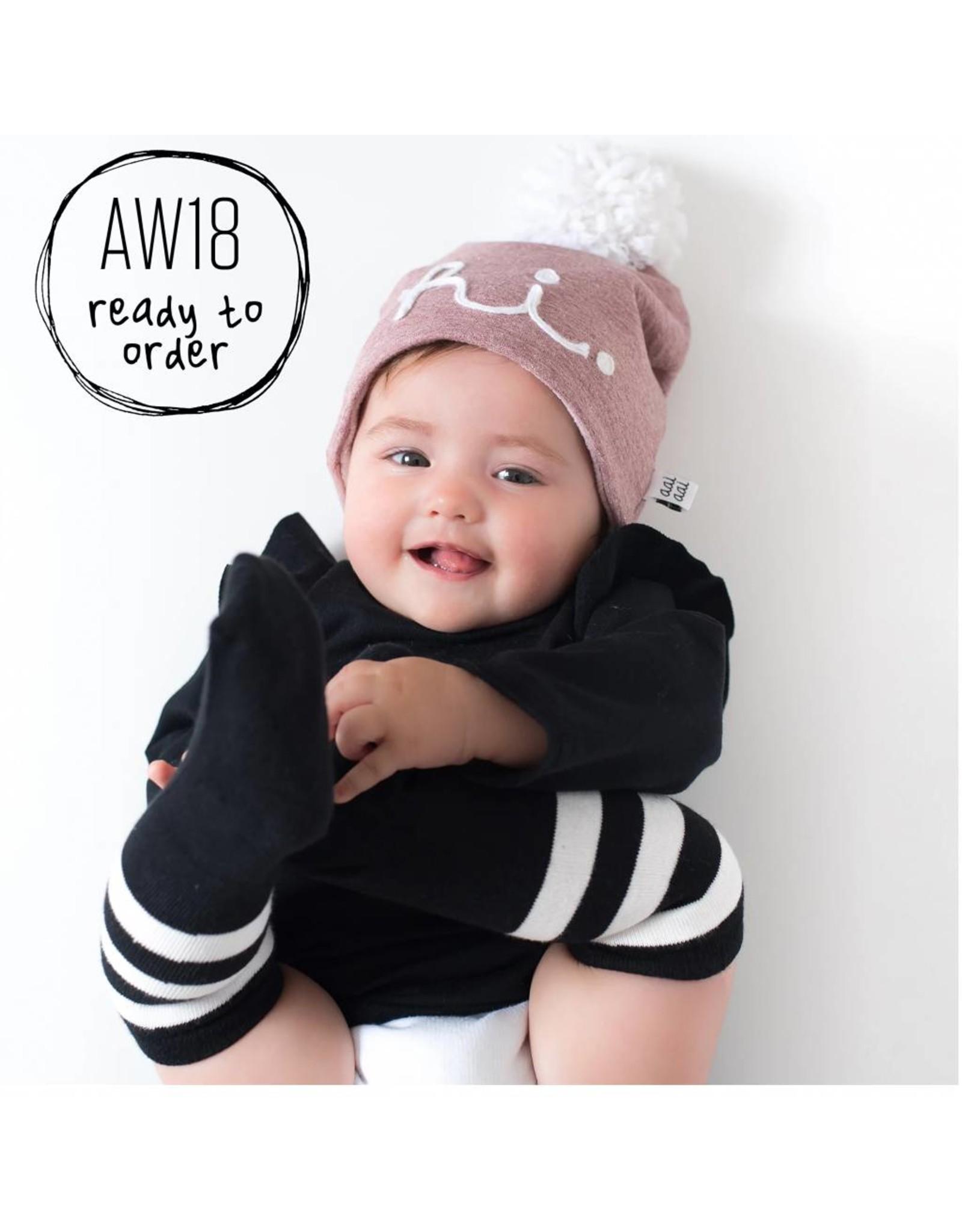 Aai Aai Aai Aai Winter Beanie 'HI' Pink Glitter 3-6mnd