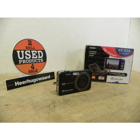 Casio EX-Z25 Exilim Compact Camera 12,1MP