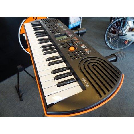 Casio SA-77 Keyboard  Zwart Werkt niet op netstroom, wel op batterijen