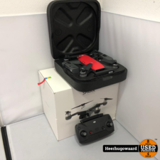 DJI Spark Fly More Combo Drone Lava Red Compleet