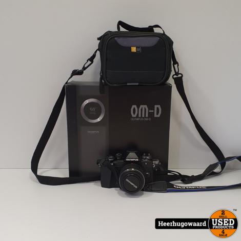 Olympus OM-D E-M10 Mark II + 14-42mm Lens Compleet in Nette Staat
