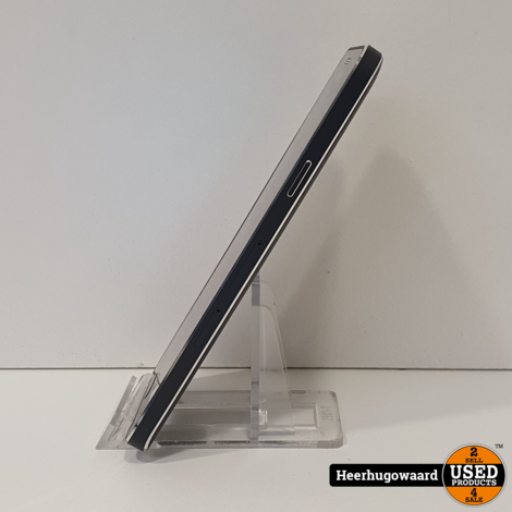 Samsung Galaxy A3 2015 16GB Black in Goede Staat