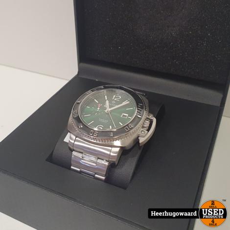 Alpha Sierra Phantom F4-G003 Horloge Nieuw in Stickers