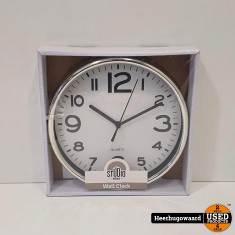 Studio Home Wall Clock Nieuw