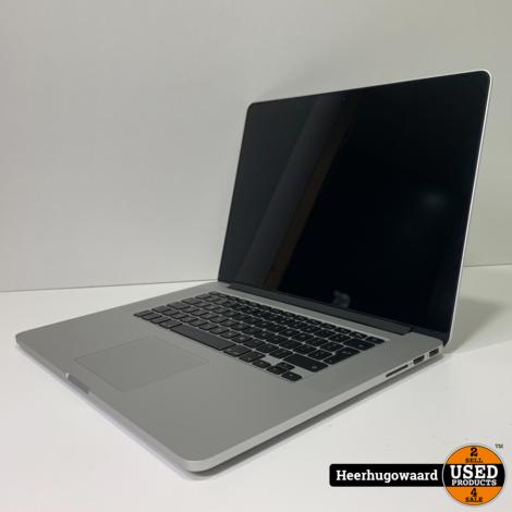 MacBook Pro 15 Inch 2015 in Nette Staat - i7 2,2GHz 16GB 256GB SSD