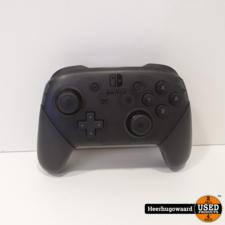 Nintendo Switch Pro Controller in Nette Staat