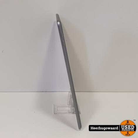 iPad 2018 (6th Gen) 9,7'' 32GB WiFi Space Grey in Zeer Nette Staat