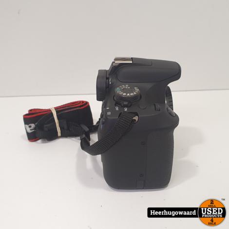 Canon EOS 2000D incl. 18-55mm Kitlens Compleet in Nieuwstaat
