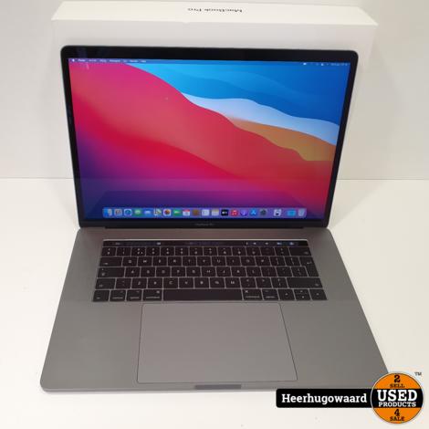 MacBook Pro 15 Inch 2017 - Touchbar i7 3,1GHz 16GB 256GB 24 Cycli