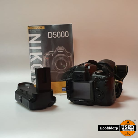 Nikon D5000 met 18-135mm