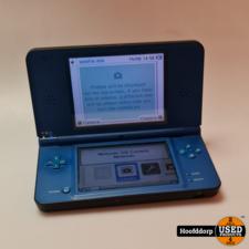 Nintendo DSi XL Blue met lader