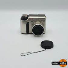 Camedia C-720 Camera