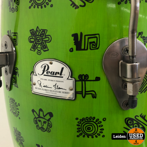 Pearl Richie Flores 12,5-inch Tumba