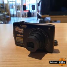 Nikon Coolpix S3300 16.0 MP Digitale Camera