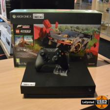 Xbox One X 1TB Zwart Met 1 controller | Nieuwstaat