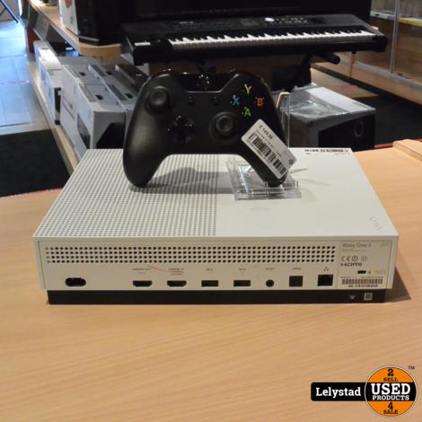 Xbox One S 1TB Wit + 1 Zwarte Controller | Redelijke staat