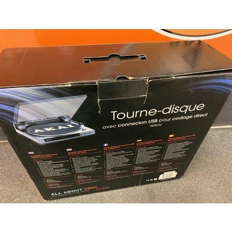 Akai platenspeler USB ATT01U , zo goed als nieuw met doos