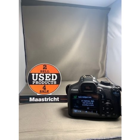 CANON EOS 1300D camera + kitlens 18-55mm