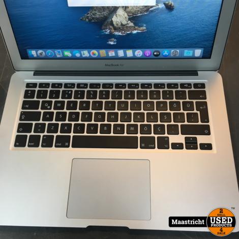 Macbook AIR 13 inch MID 2017 i5- 8/121GB