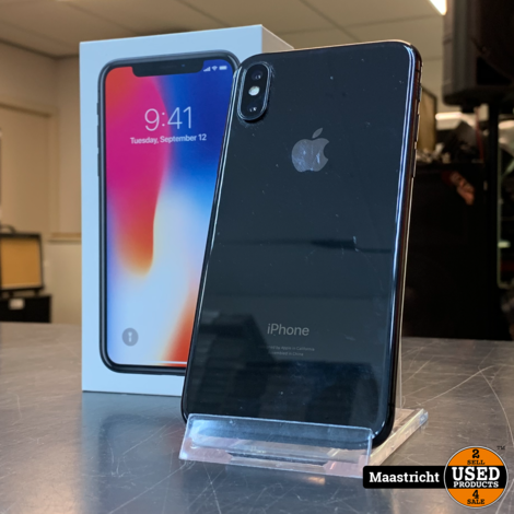 iPhone X - 64 GB Accu 88%