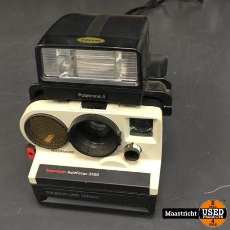 Polaroid Supercolor Autofocus 3500 camera + Polaroid 2390 flitser