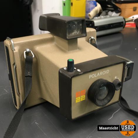 Vintage Polaroid EE22 camera