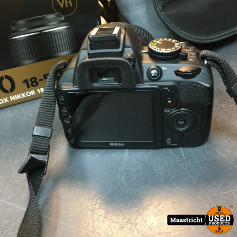 NIKON D3100 camera + kitlens 18-55 mm. in prima conditie