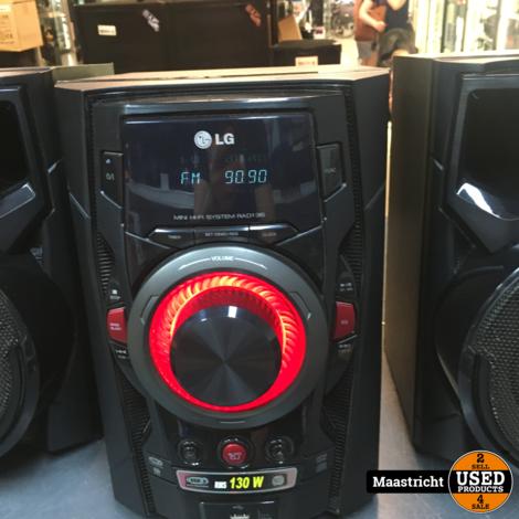 LG RAD136  mini hifi systeem, radio/CD/AUX/USB + speakers