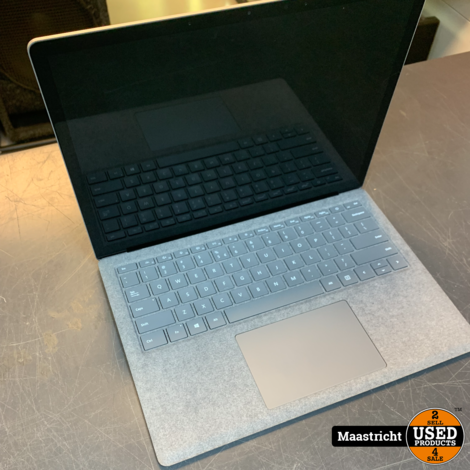 Microsoft Surface Pro 3 , i5 , 8GB RAM , 128GB SSD , nwpr. 979 Euro