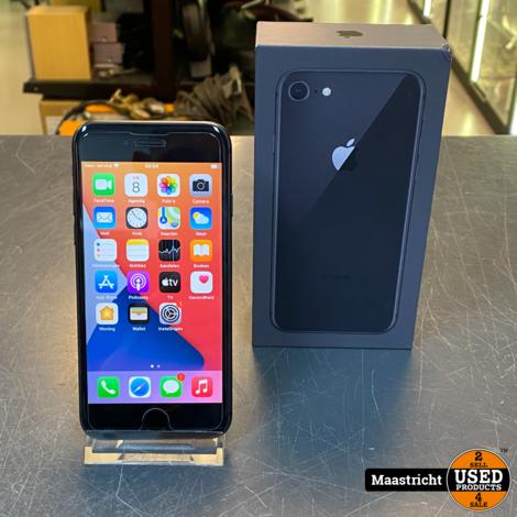 Apple iPhone 8, 64 GB, 81% - in zeer nette staat
