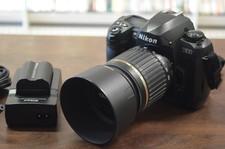 Nikon D100 camera incl. Tamron AF 55-200mm lens, oplader met 2 accu's en 2GB CF-kaart