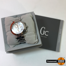 Guess Collection Lady Chic Y06010L1 | Nette staat