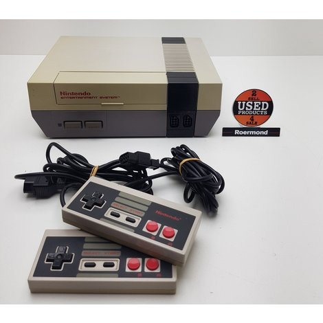 Nintendo NES Entertainment system incl. 2 controllers || gebruikt