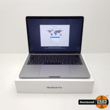 Apple Apple Macbook Pro 2018 touchbar 2.3Ghz 8GB 256GB SSD   Nieuwstaat met bon