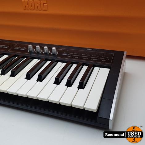 Korg Micro X Synthesizer/controller incklusief Korg Koffer I Zgan