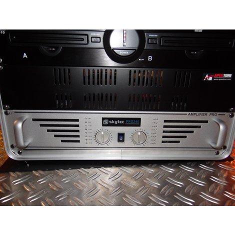 XXL CDX-10 Dual CD-Player met Skytec Pro240 Versterker