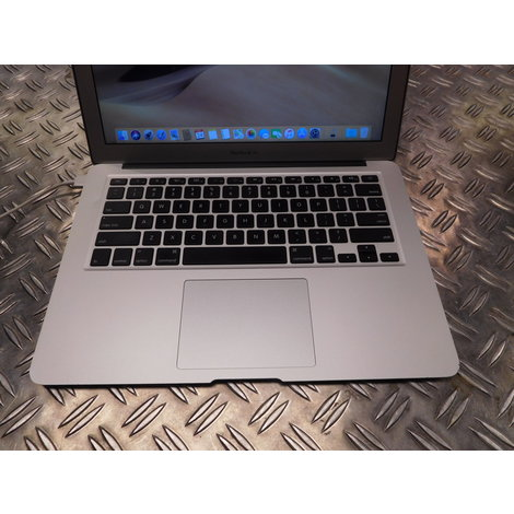 Macbook air 13 Inch | begin 2014