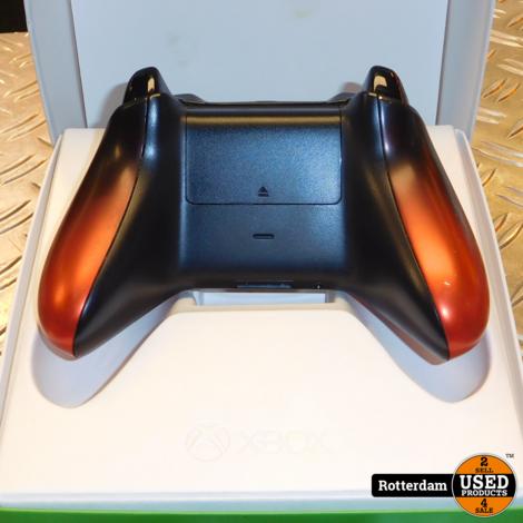Xbox One draadloze controller (V2) - Volcano Shadow Special Rood, Zwart