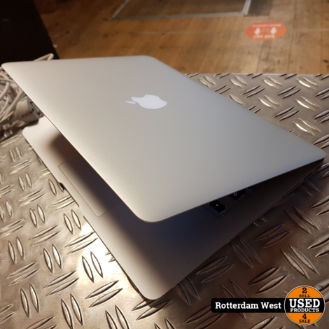 Macbook Air 2013 // 256gb // 8GB // i7 // 13 Inch