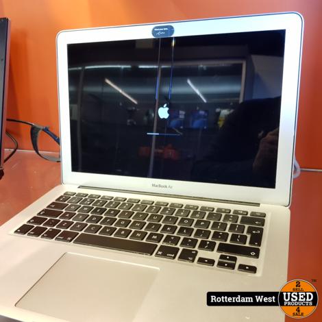 Macbook Air 2015 13 Inch 8GB / 128GB / i5
