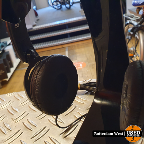 Sony on-ear koptelefoon MDRZX110B + Hama Headphonestand