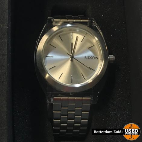 Nixon Horloge    NIEUW in doos    Met garantie