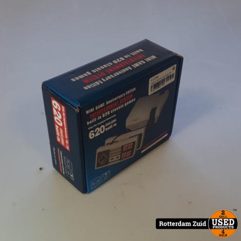 Stylelove Plug Play Classic Mini retro gameconsole, AV-uitgang, videospel met 8 bits, 620 games met 2 drivers